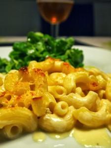 Macaroni med verdens bedste ostesauce